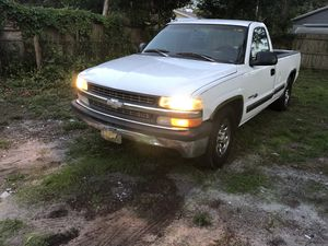 1999 Chevy Silverado 1500 for Sale in Tampa, FL