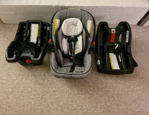 Graco Modes Travel, System Car Seat Combo: Selling two car seat bases and carrier (Click Connect for bases and stroller). for Sale in Groveport, OH