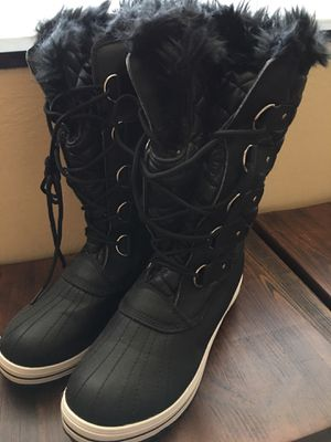 New- Women winter boots size 11 for Sale in Fort Lauderdale, FL