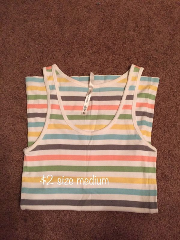 Tank top size medium
