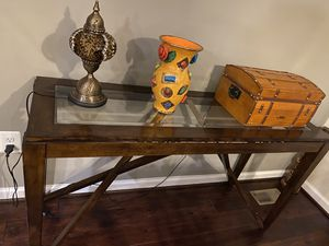Console table for Sale in Ashburn, VA