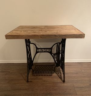Vintage Singer Sewing Machine Table for Sale in Vancouver, WA
