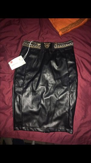 Brand new leather skirt with tags! for Sale in Hialeah, FL