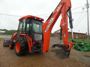 Kubota front loader m62 backhoe for Sale in Nashville, TN