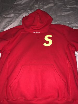 Red Supreme Hoodie 2019 for Sale in Miami, FL