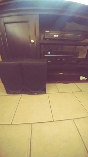 Reproductor de cd,dvd y radio con 2 bocinas for Sale in Las Vegas, NV