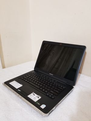 """14.1"""" Intel Core 2 Sony Vaio Laptop, 250GB HDD, 2GB RAM, WebCam, DVD, Media Card Reader And HD Graphics, Only Missing The DVD Front Cover. for Sale in Brooklyn, NY"""