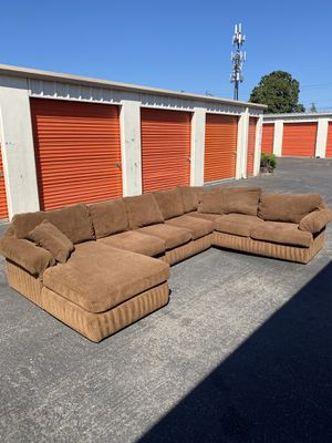 Couch for Sale in Tacoma, WA