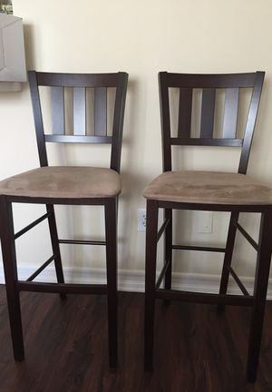 Coffee colored bar stool set for Sale in Los Angeles, CA