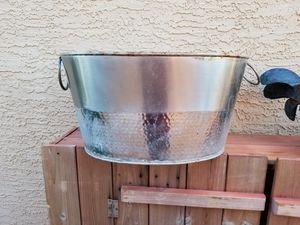 Metal planter garden decor storage tub wedding party idea 18L x 14D x 10H for Sale in Chandler, AZ