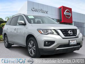 2018 Nissan Pathfinder for Sale in Downey, CA