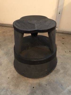 Library kick stool for Sale in Tacoma, WA