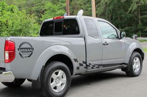 TotalPrice$2400 Truck Nissan Frontier 2OO5 4X4 Excellent/Condition for Sale in Portland, OR