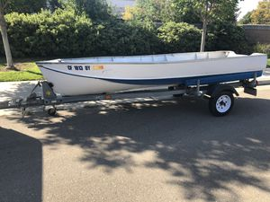 14' Aluminum boat and galvanized trailer for Sale in Tracy, CA