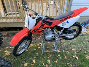 2004 crf 80 cc very nice condition for Sale in Worcester, MA