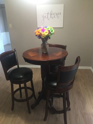 Dining room table with 3 chairs $75 for Sale in Richardson, TX
