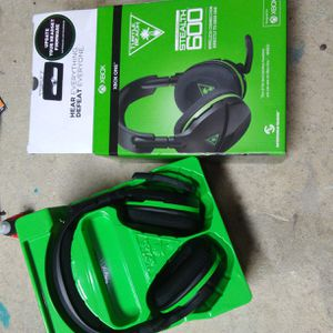 Xbox wireless headphones stealth 600 for Sale in Westminster, CO