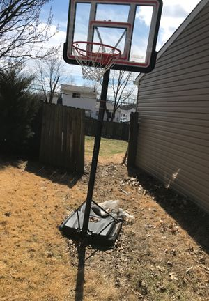 Used basketball hoop for Sale in Maryland Heights, MO
