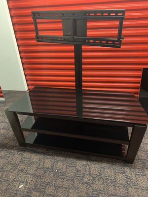 TV Stand Fits tv up to 60 inches for Sale in Kennesaw, GA