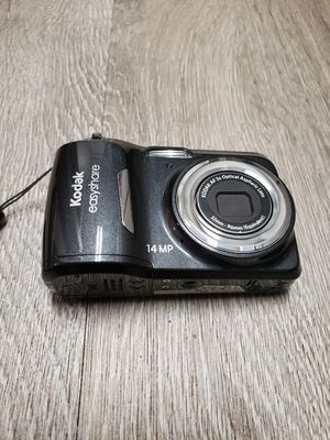Kodak EasyShare C1530 14 MP Digital Camera for Sale in Irving, TX