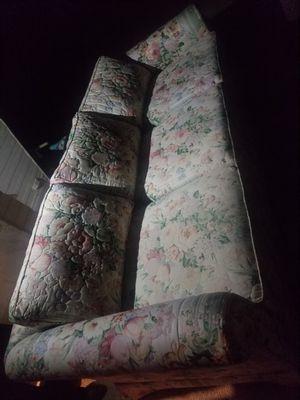Sofa en Buena condicion for Sale in LAKE MATHEWS, CA