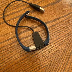 Fitbit Alta with Charger for Sale in Arlington, VA