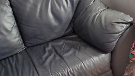 Leather Sofa for Sale in Buffalo Grove,  IL