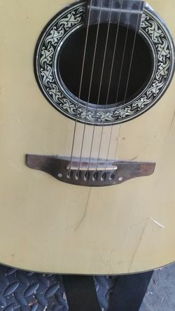 Acoustic Guitar for Sale in Fort Worth,  TX