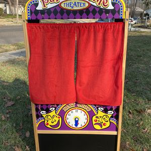 MELISSA & DOUG PUPPET TIME THEATER PLAY TIME BABY TODDLER CLEAN CUTE for Sale in Haddon Township, NJ