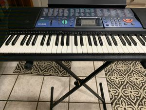 Casio keyboard Model 511. Stand and seat included. Excellent condition for Sale in Canonsburg, PA