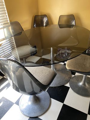 Antique Lucite table w/tulip chairs for Sale in Galloway, OH