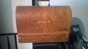 1901 singer sewing machine in excellent shape for Sale in Austin, TX