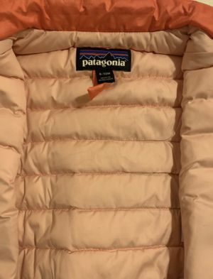 Patagonia coral/bright orange with Patagonia purple/darkblue zipper tags for Sale in Federal Way, WA
