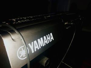 Yamaha PST s670 synthesizer for Sale in Chicago, IL