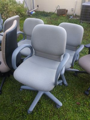 TWENTY MATCHING ADJUSTABLE OFFICE CHAIRS for Sale in Tampa, FL