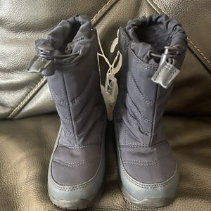 Snow Boots Size 10 Toddler for Sale in South Gate, CA