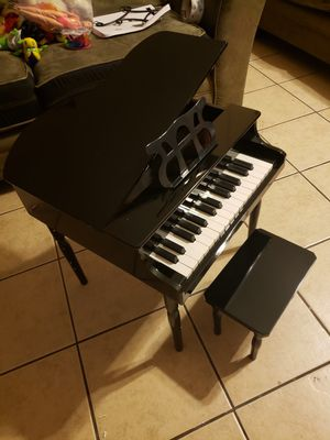 piano for kid for Sale in Riverside, CA