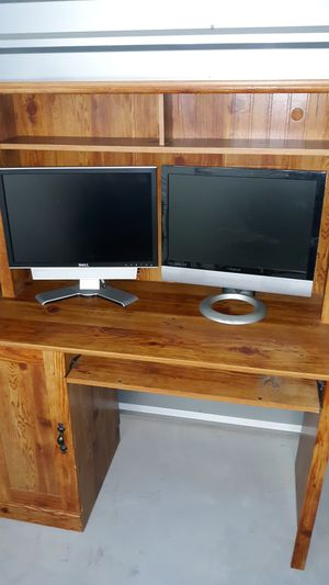 Desk for Sale in Morrisville, NC