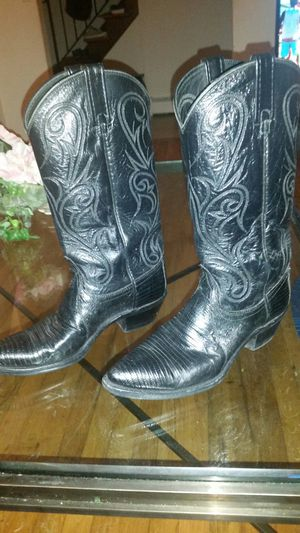 Women's Cowboys Boots by Vibram for Sale in Glen Cove, NY