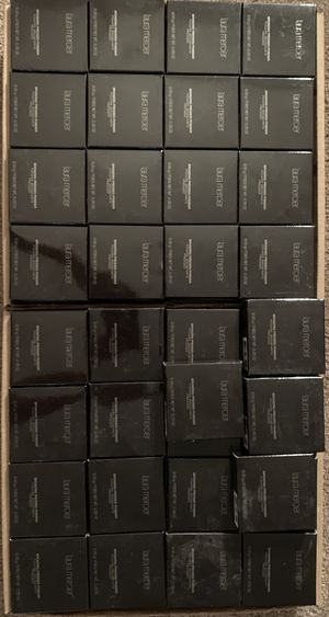 Set of 100 Laura Mercier bronzing pressed powder for Sale in Irwindale, CA