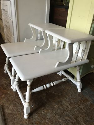 Pair of white wood side tables for Sale in San Diego, CA