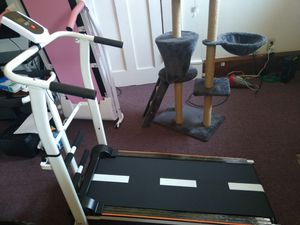 Manuel Treadmill for Sale in Canton, OH