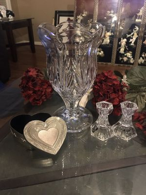 Crystal vase & candle holders w/ things remembered box for Sale in Houston, TX