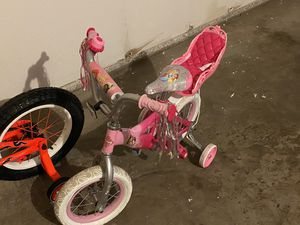 2 children's bicycles and a scooter for anybody. for Sale in Frisco, TX
