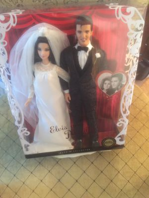 BARBIE COLLECTION ELVIS AND PRISCILLA COLLECTIBLE for Sale in Hayward, CA