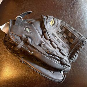 Mizuno Baseball Glove (new) for Sale in San Jose, CA