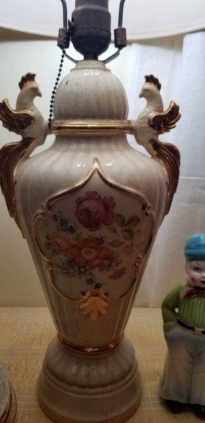 Antique lamp, works great. Pull chain for Sale in Watkinsville, GA