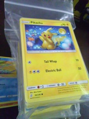 Bulk Deal!! 400 Pokemon card lot only $20!! That's a value of 5 cents per card!! for Sale in West Covina, CA
