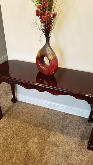 Table /sofa table/console table/foyer table for Sale in Fresno, CA