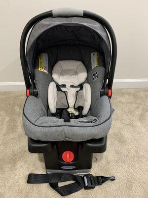 Graco snug ride click connect car seat 35 for Sale in Ashburn, VA